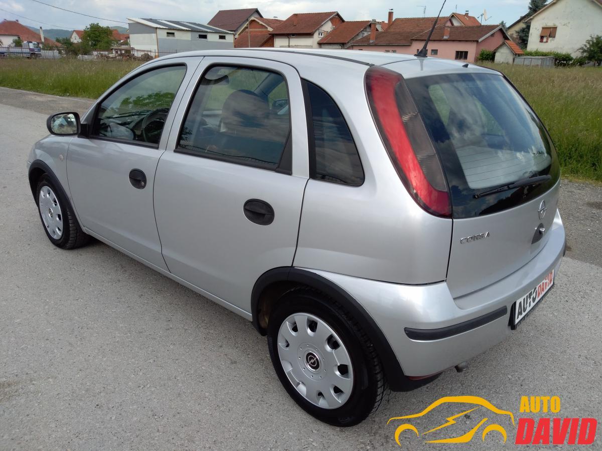 Opel Corsa C 1,3 CDTI 2004